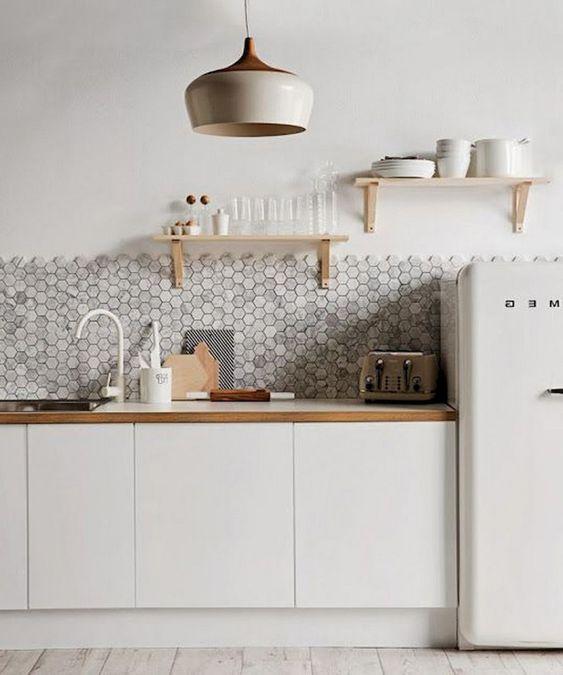cuisine scandinave minimaliste blanche et bois