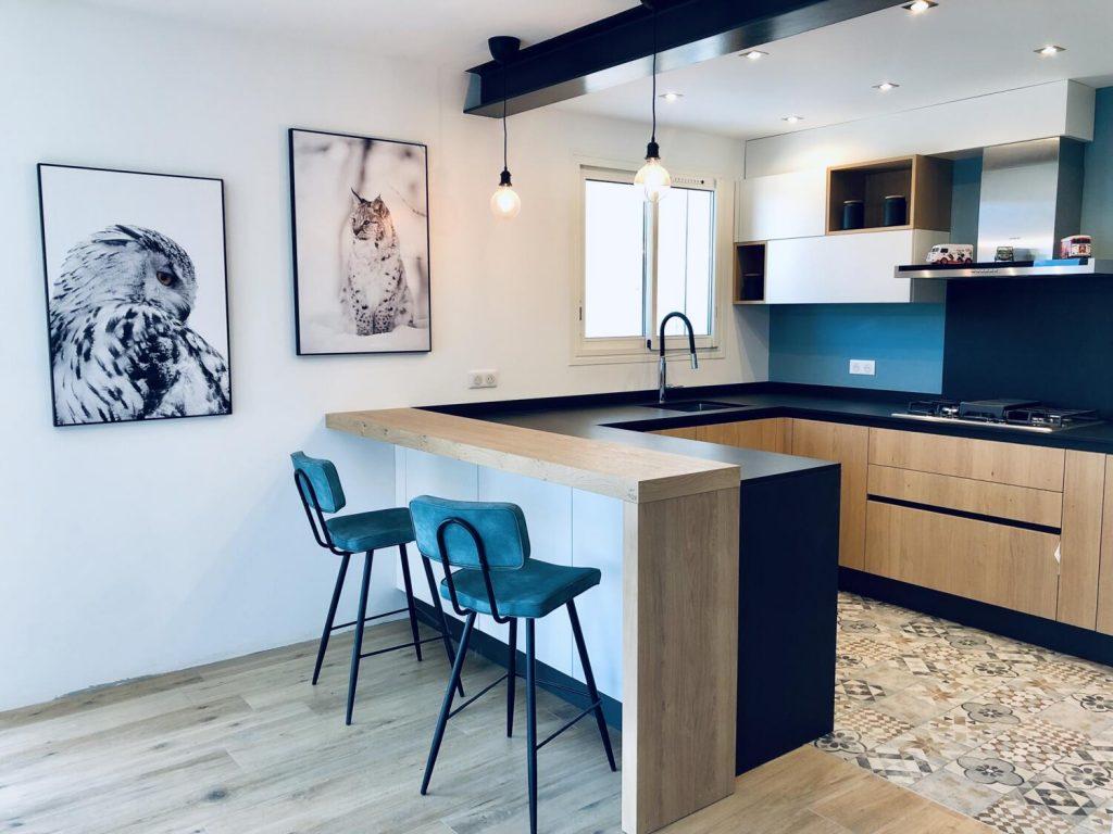 Grande-cuisine-ouverte-comptoir
