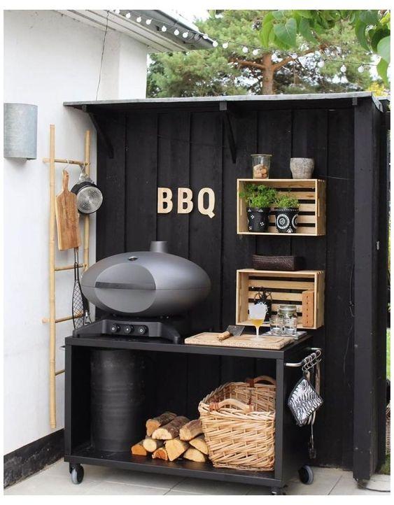cuisine exterieur moderne en bois avec barbecue