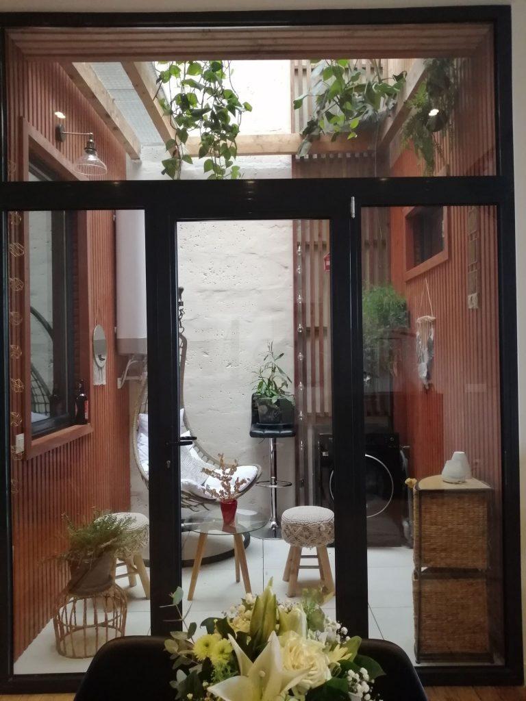 patio contemporain aménagé